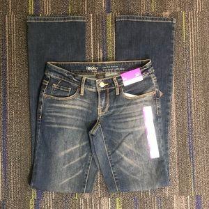 Missimo Low Rise Slim Medium Wash Jeans, NWT